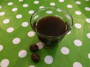 כדורי מרציפן עם קפה שחור